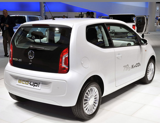 Volkswagen Up! Small Family Concept Car 14