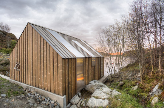 It s all about the scenery naust paa aure norway for Modern house design norway