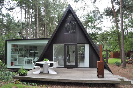 Contemporary german forest chalet by dmva