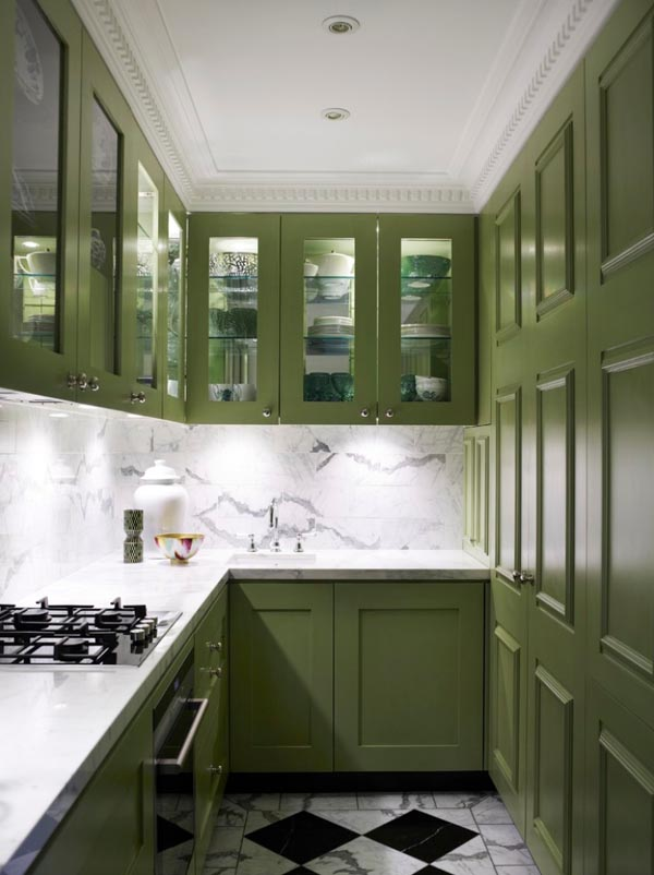 small kitchen design -under-cabinet-lighting