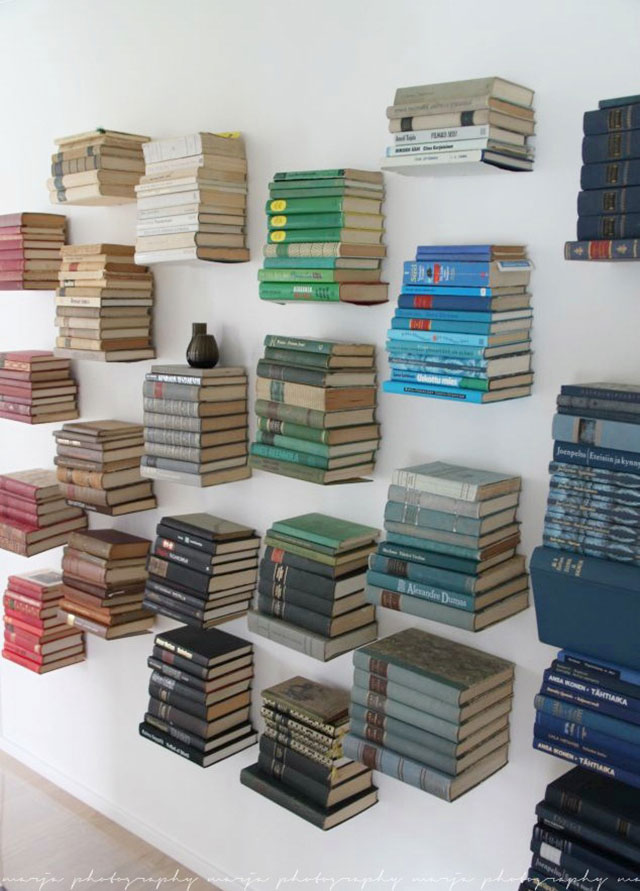 wall decor ideas books
