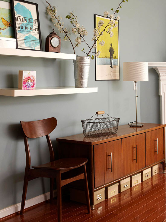 Small apartment furniture: Stacked floating shelves